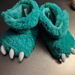 | Any 3 for $12!| Carter's 5/6 monster slippers